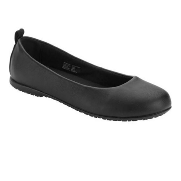 details for fresh styles authorized site Treadsafe Women's Isabel Slip Resistant Shoe Black Boutique